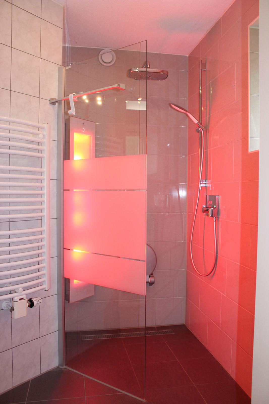 vakantiehuizen nr 12 en 14 badkamer beneden
